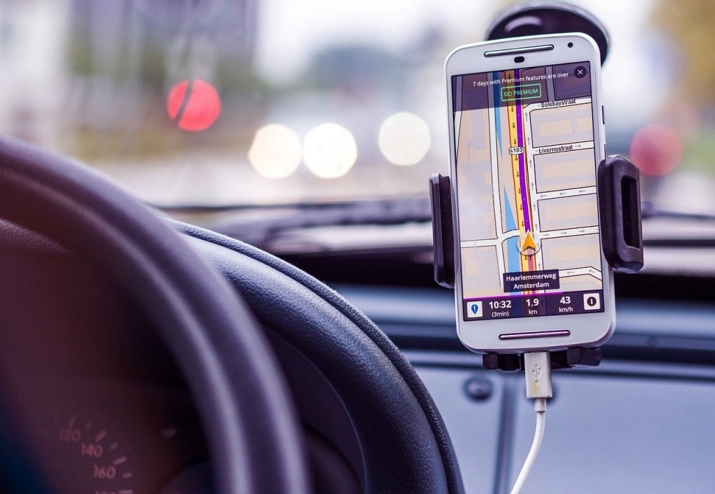 Where can I legally place a sat nav in my car?